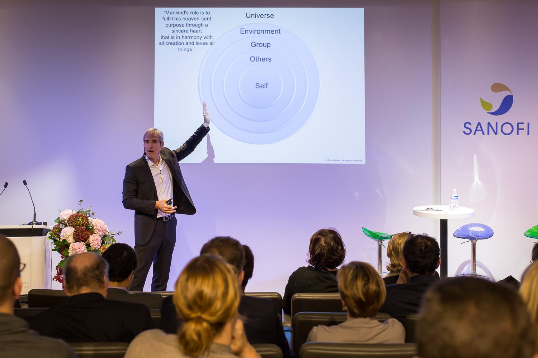 Des conférences sur le leadership et le management